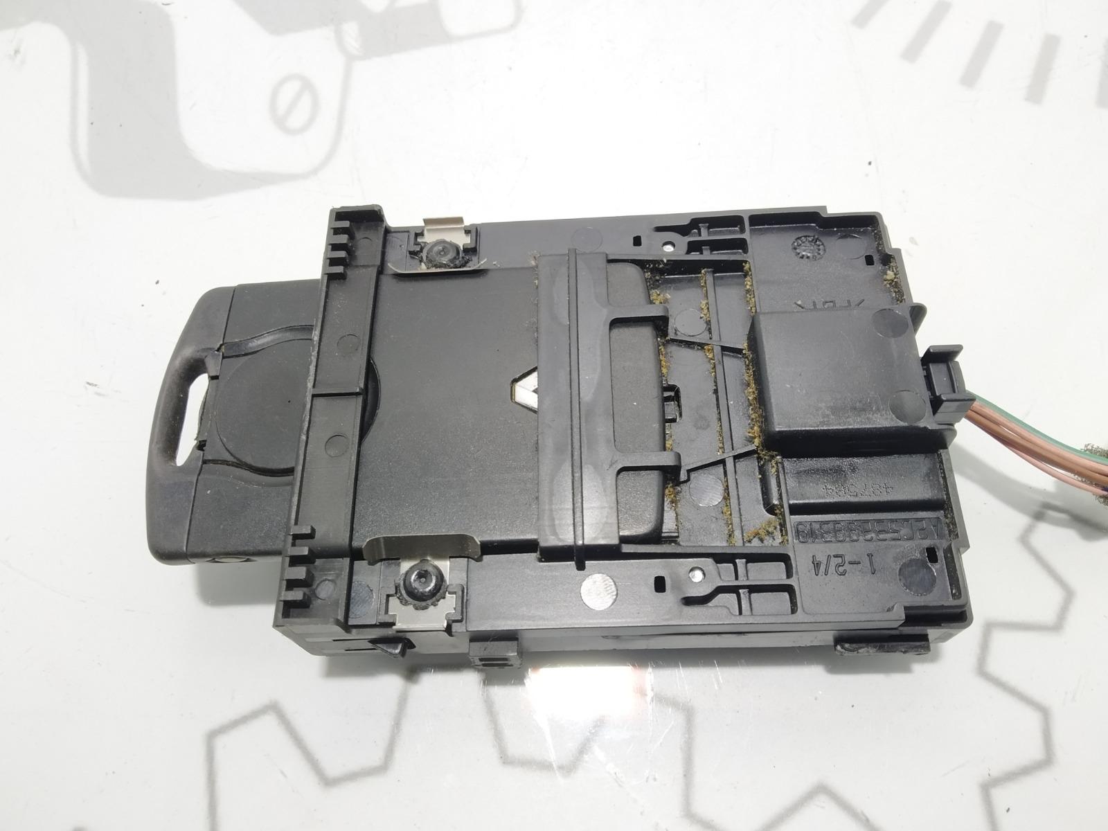 Блок считывания ключ-карты Renault Grand Scenic 1.6 I 2011 (б/у)