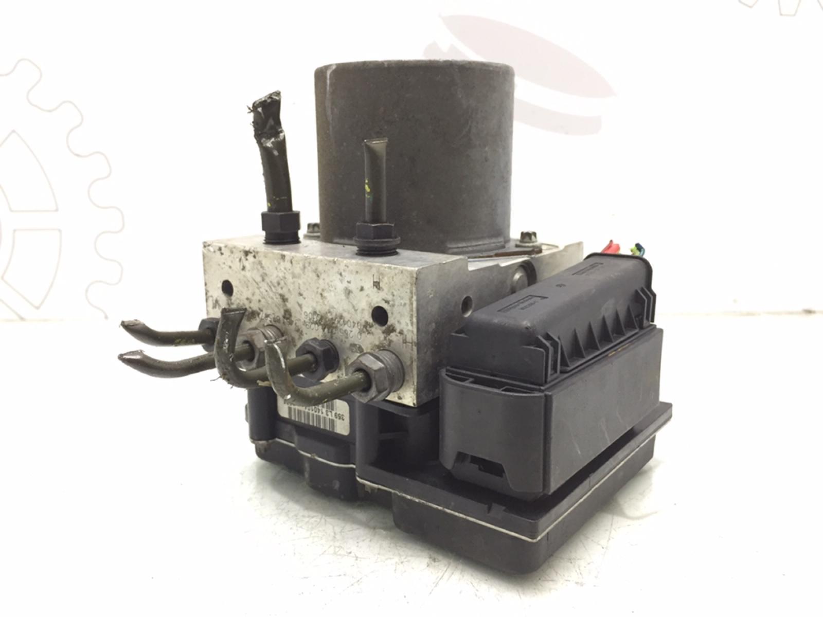 Блок abs Bmw 5 E60 3.0 I 2004 (б/у)