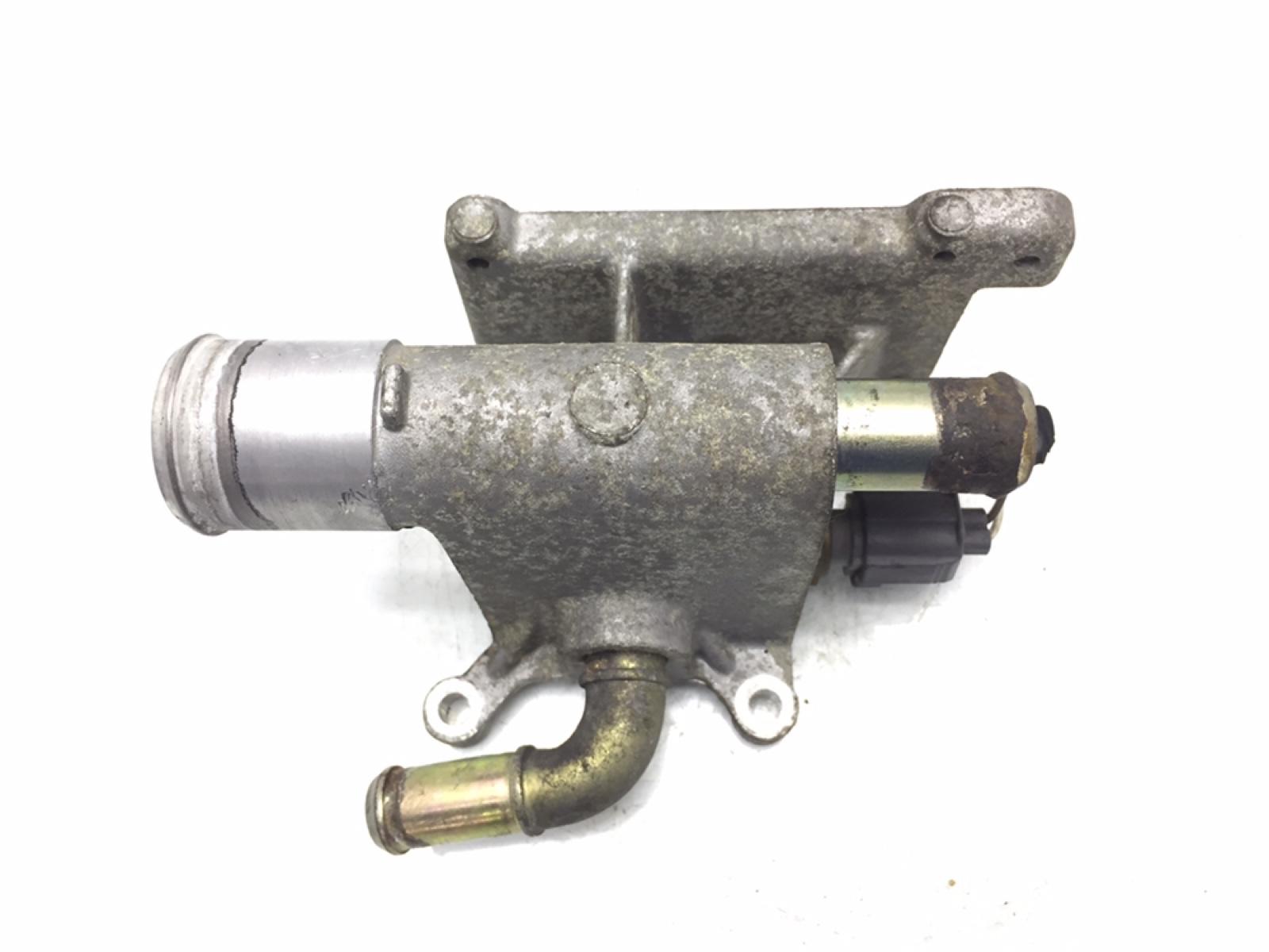 Фланец (тройник) системы охлаждения Mazda 3 BK 2.0 I 2004 (б/у)