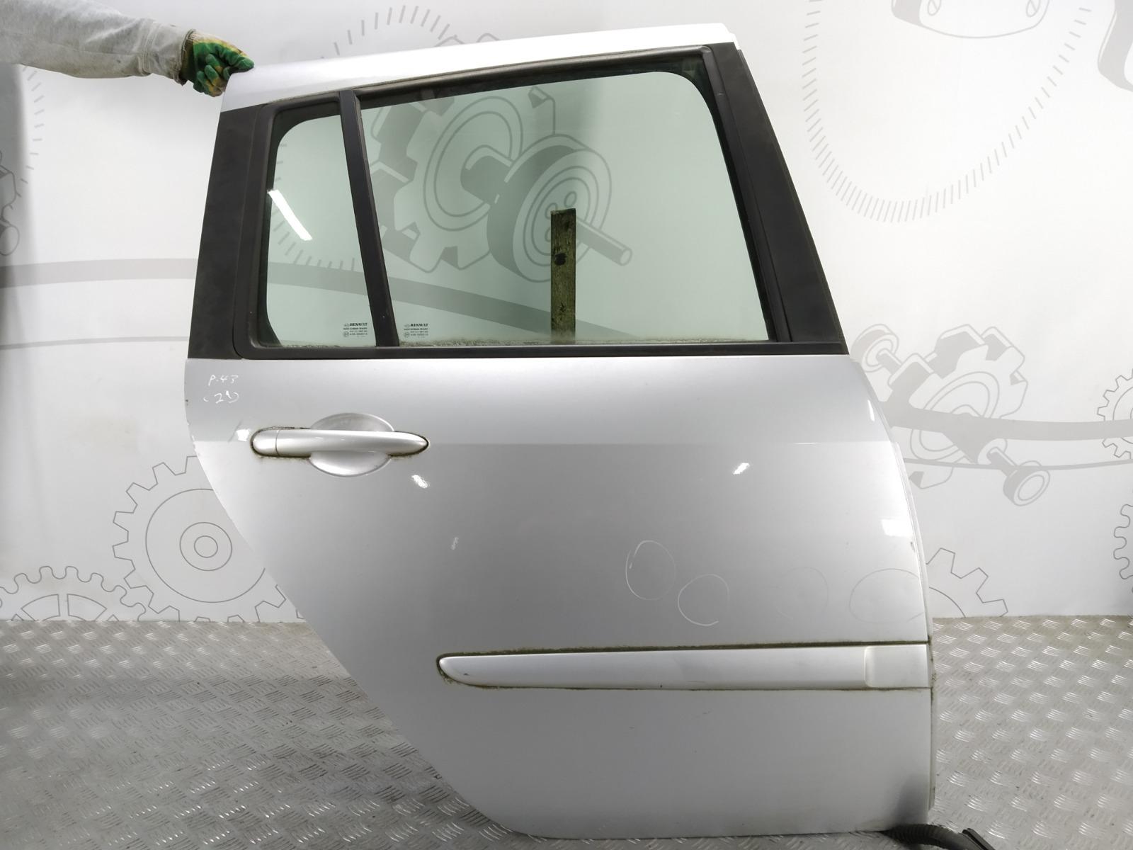 Дверь задняя правая Renault Grand Modus 1.5 DCI 2008 (б/у)