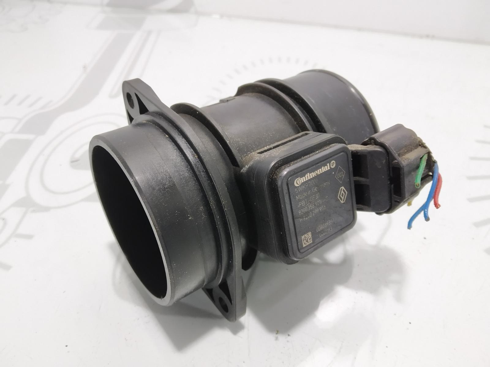 Расходомер воздуха Nissan Note E11 1.5 DCI 2009 (б/у)