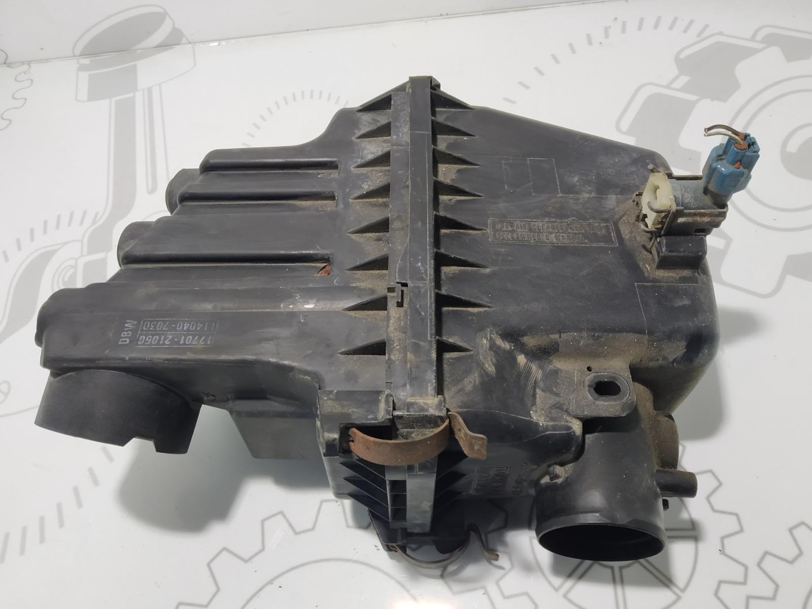 Корпус воздушного фильтра Toyota Yaris Verso 1.3 I 2000 (б/у)