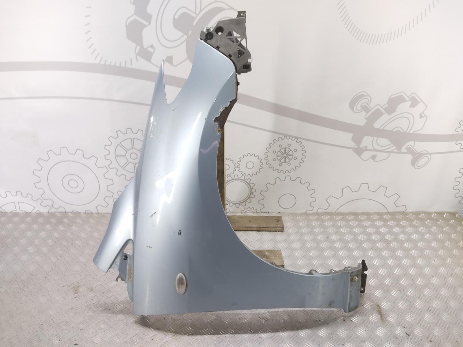 Крыло переднее правое Mazda 5 2.0 TD 2008 (б/у)