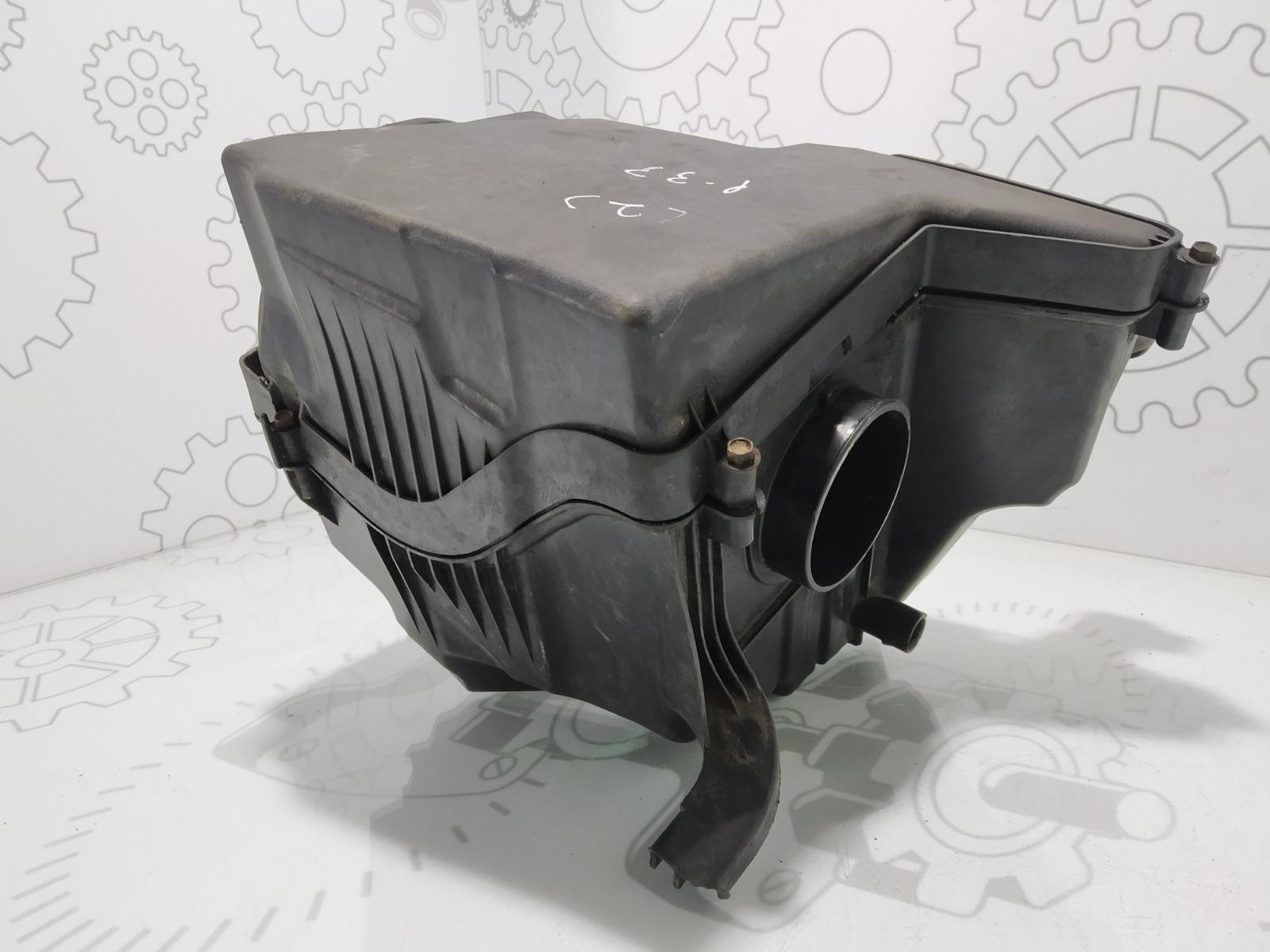 Корпус воздушного фильтра Ford C-Max 1.8 I 2007 (б/у)