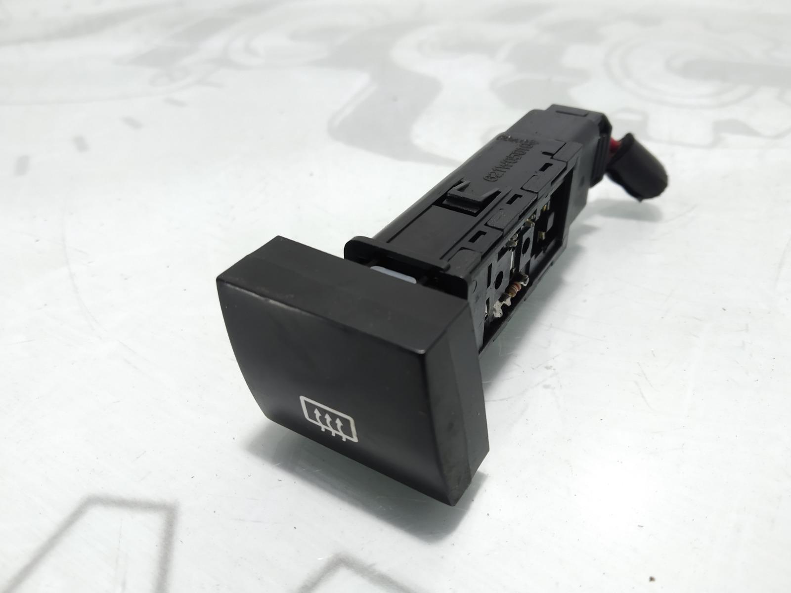 Кнопка обогрева заднего стекла Kia Cerato 1.6 I 2004 (б/у)