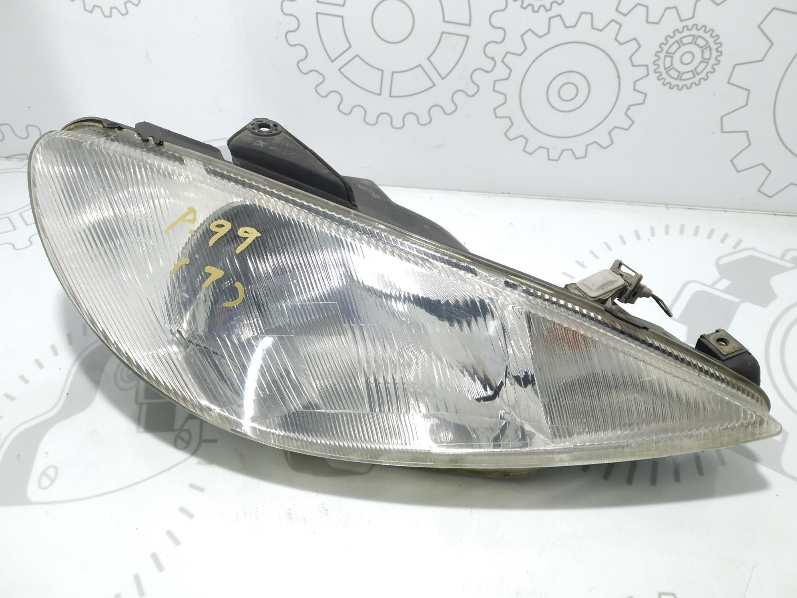Фара правая Peugeot 206 1.4 I 2002 (б/у)