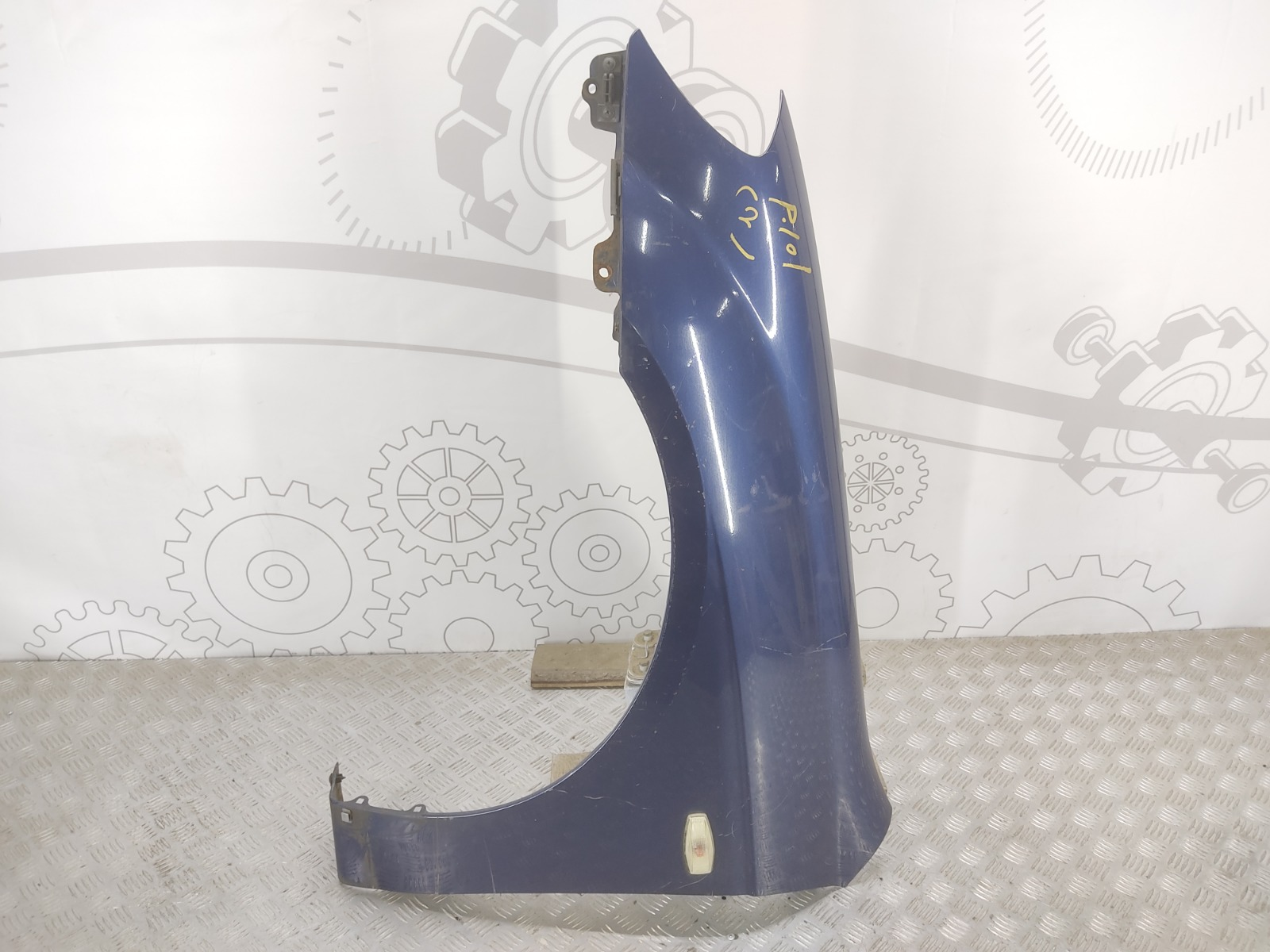 Крыло переднее левое Kia Cerato 1.6 I 2004 (б/у)