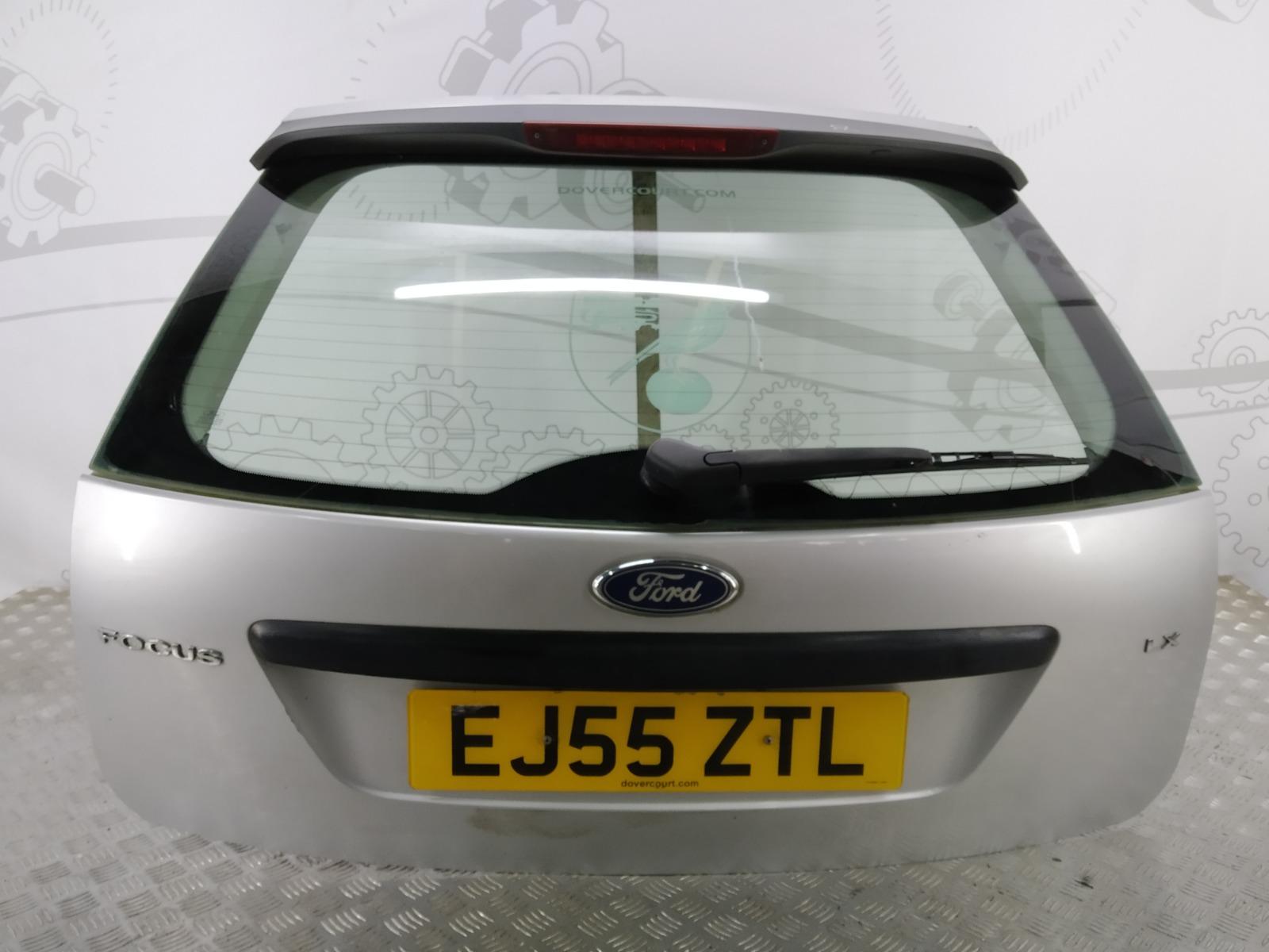 Крышка багажника (дверь 3-5) Ford Focus 1.6 I 2005 (б/у)