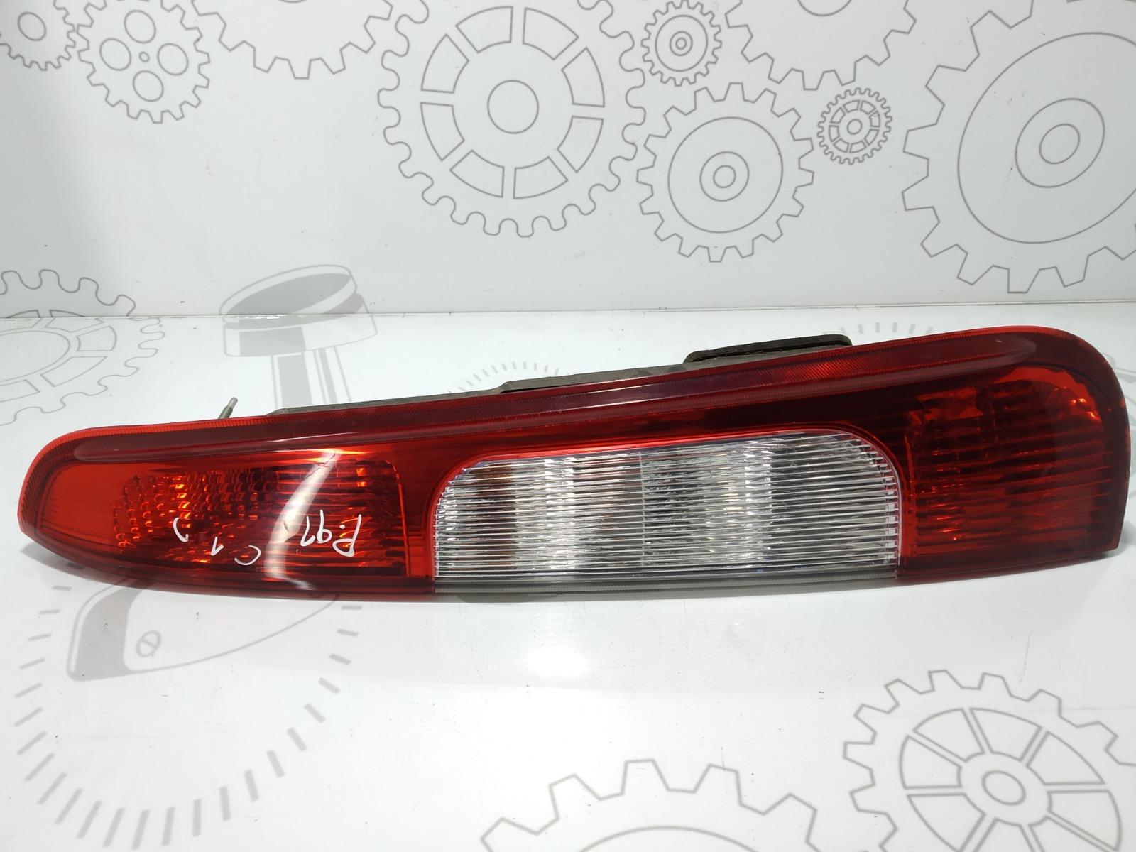 Фонарь задний правый Ford C-Max 1.8 I 2003 (б/у)