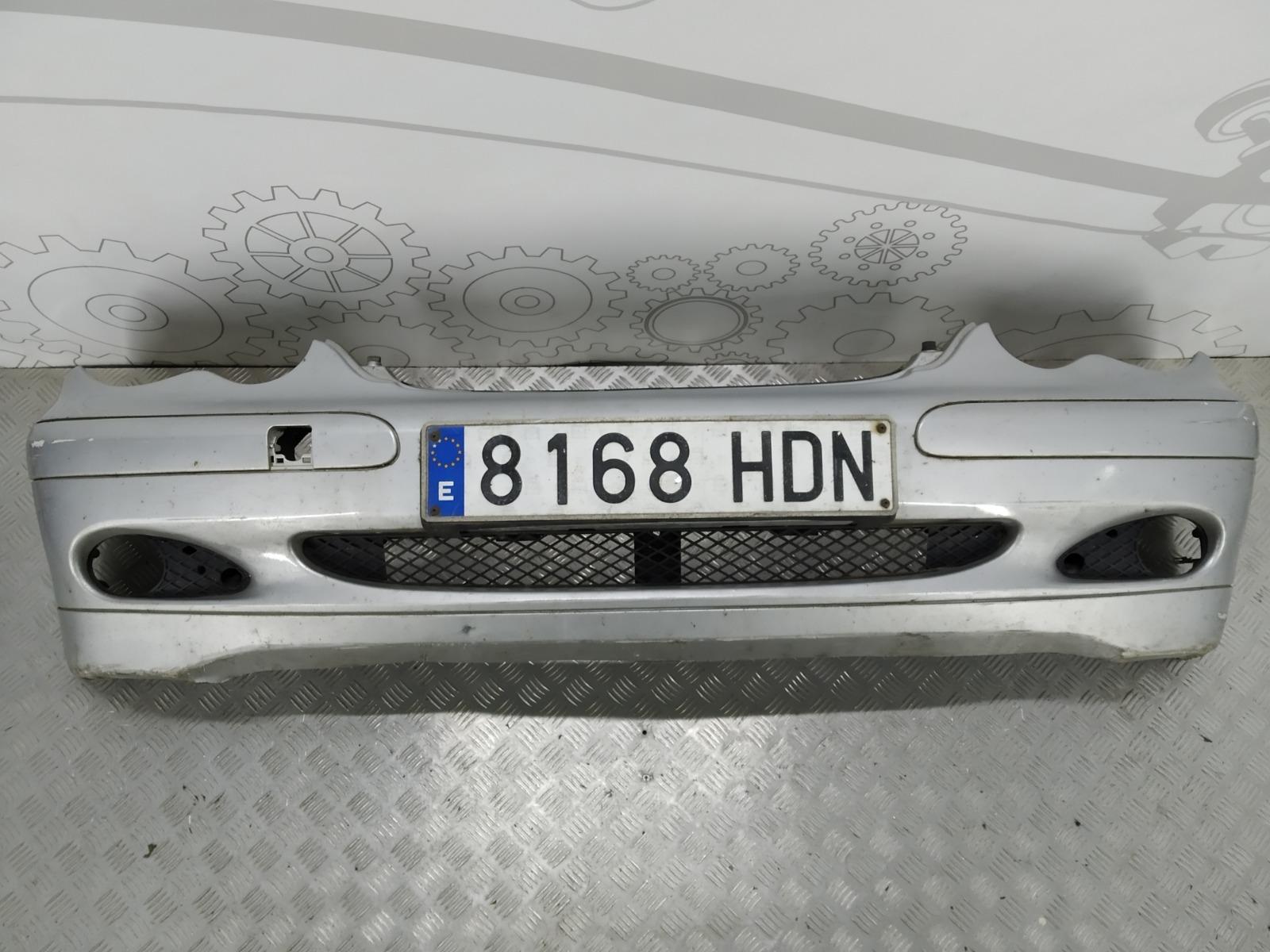 Бампер передний Mercedes C W203 1.8 I 2004 (б/у)
