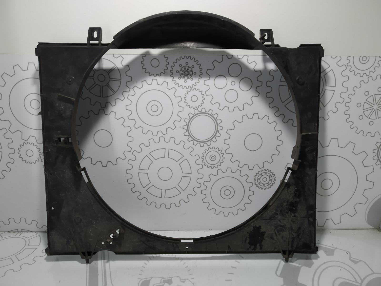 Диффузор вентилятора Nissan Terrano 3.0 TD 2003 (б/у)