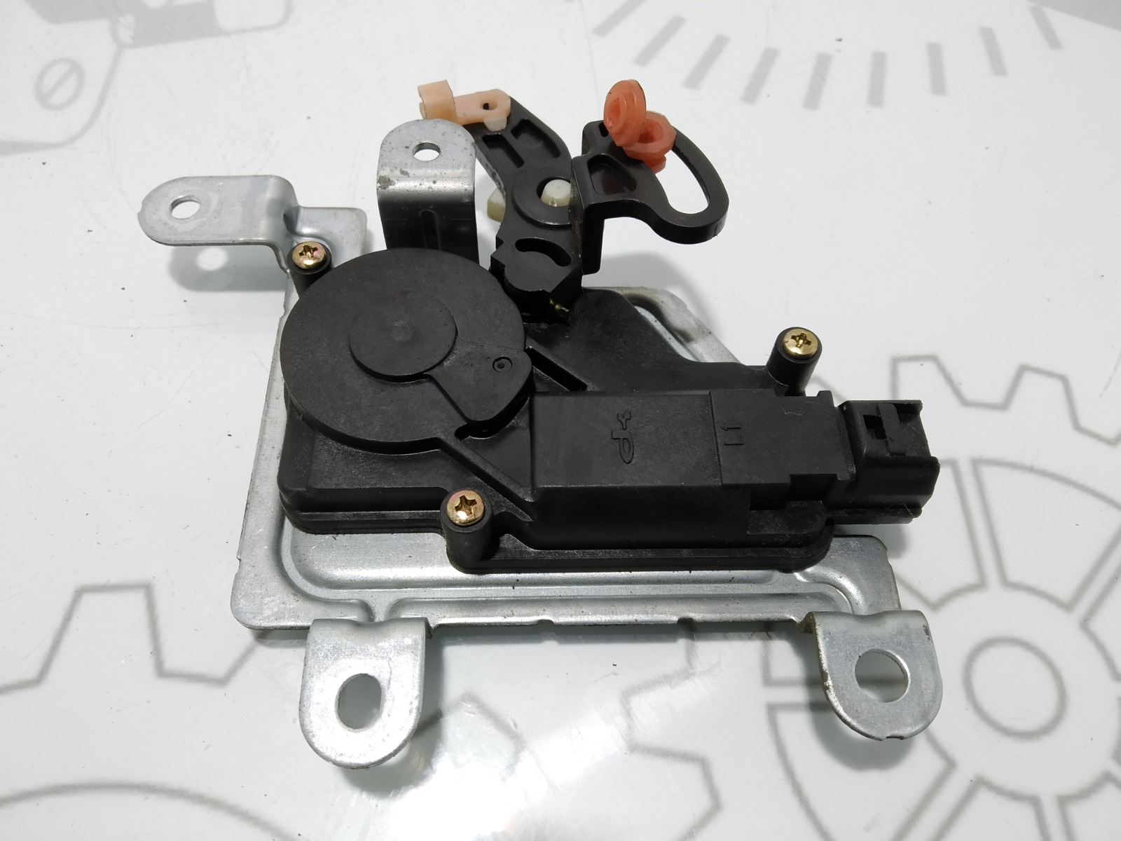 Активатор замка багажника Kia Sorento 2.5 CRDI 2004 (б/у)