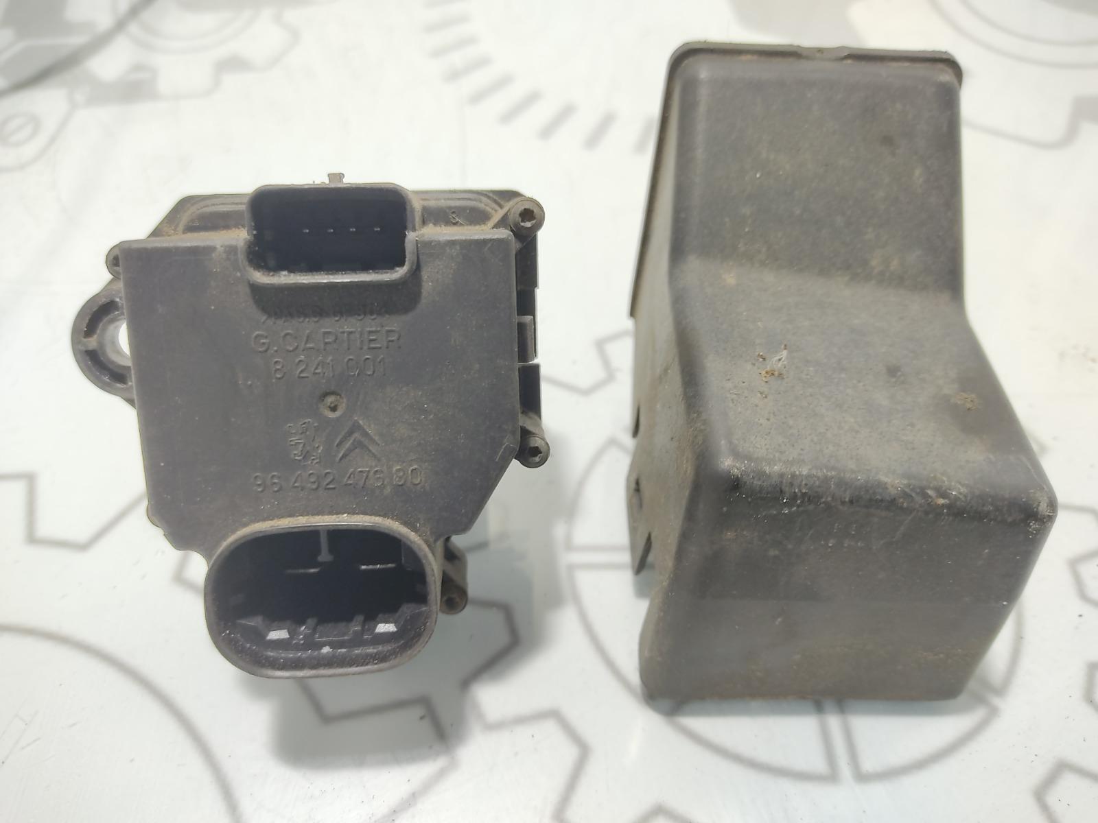 Блок управления вентилятором радиатора Citroen Xsara Picasso 1.6 HDI 2007 (б/у)
