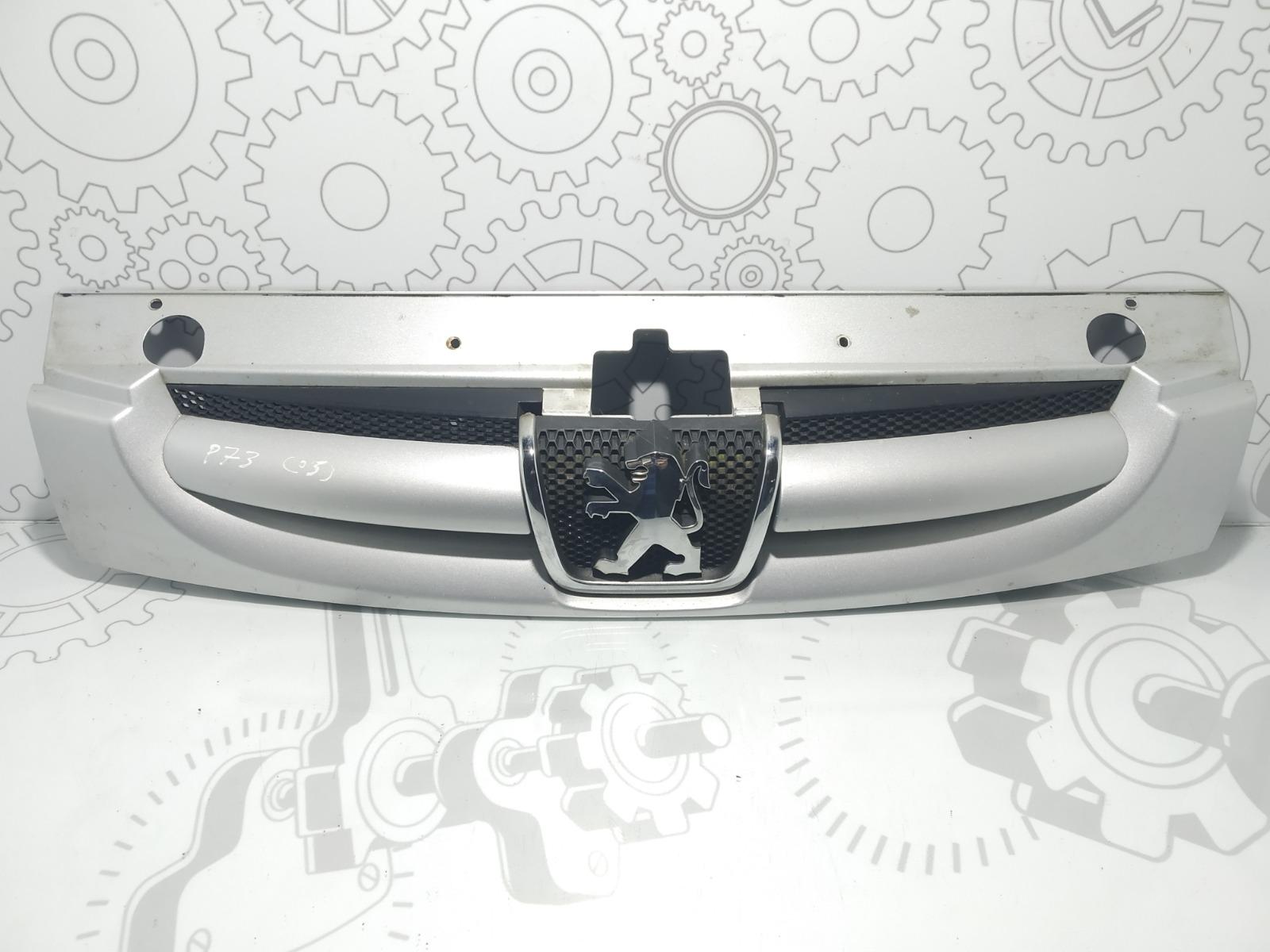 Решетка радиатора Peugeot Partner 2.0 HDI 2003 (б/у)