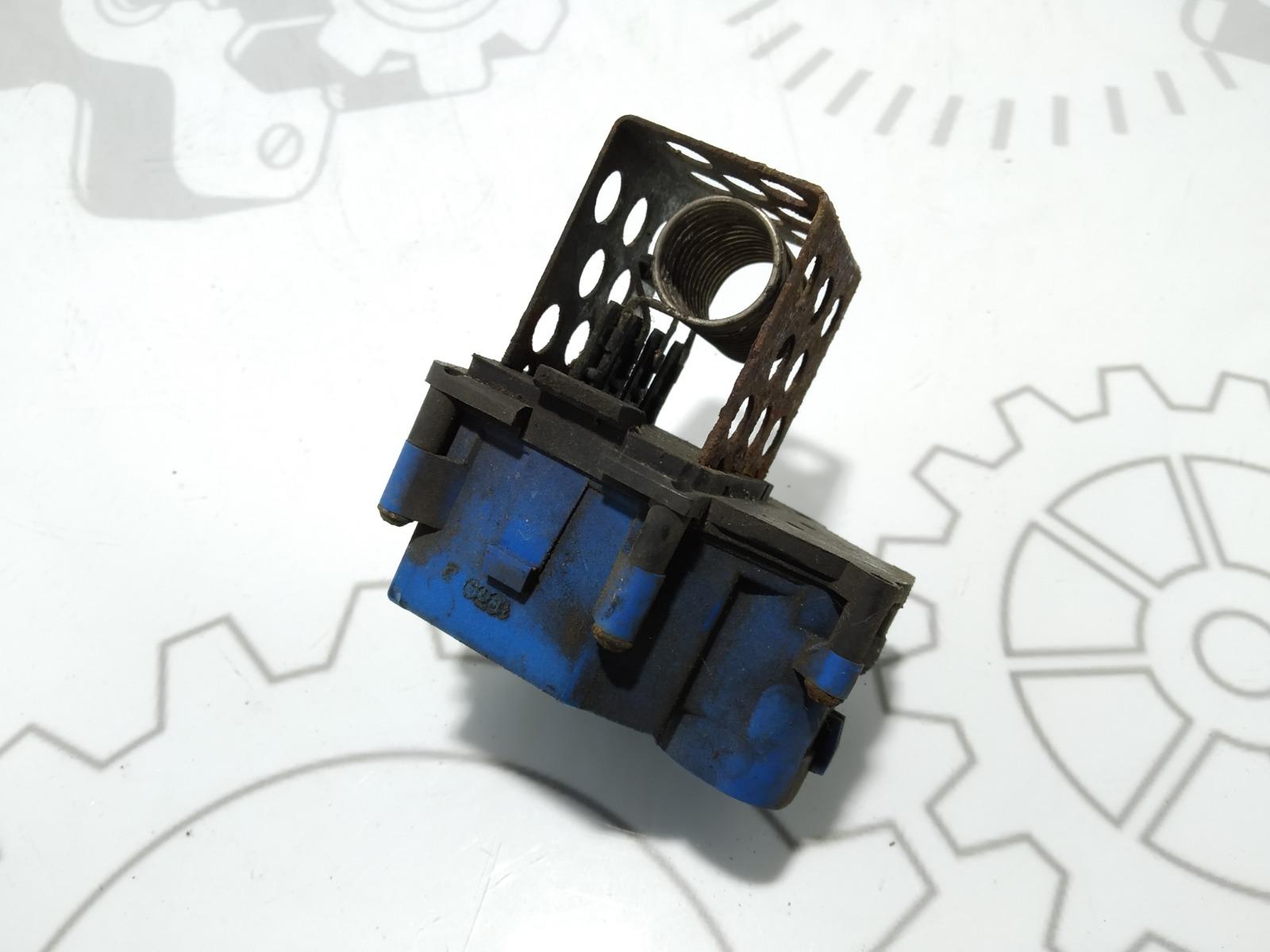 Блок управления вентилятором радиатора Peugeot 308 T7 1.4 I 2009 (б/у)