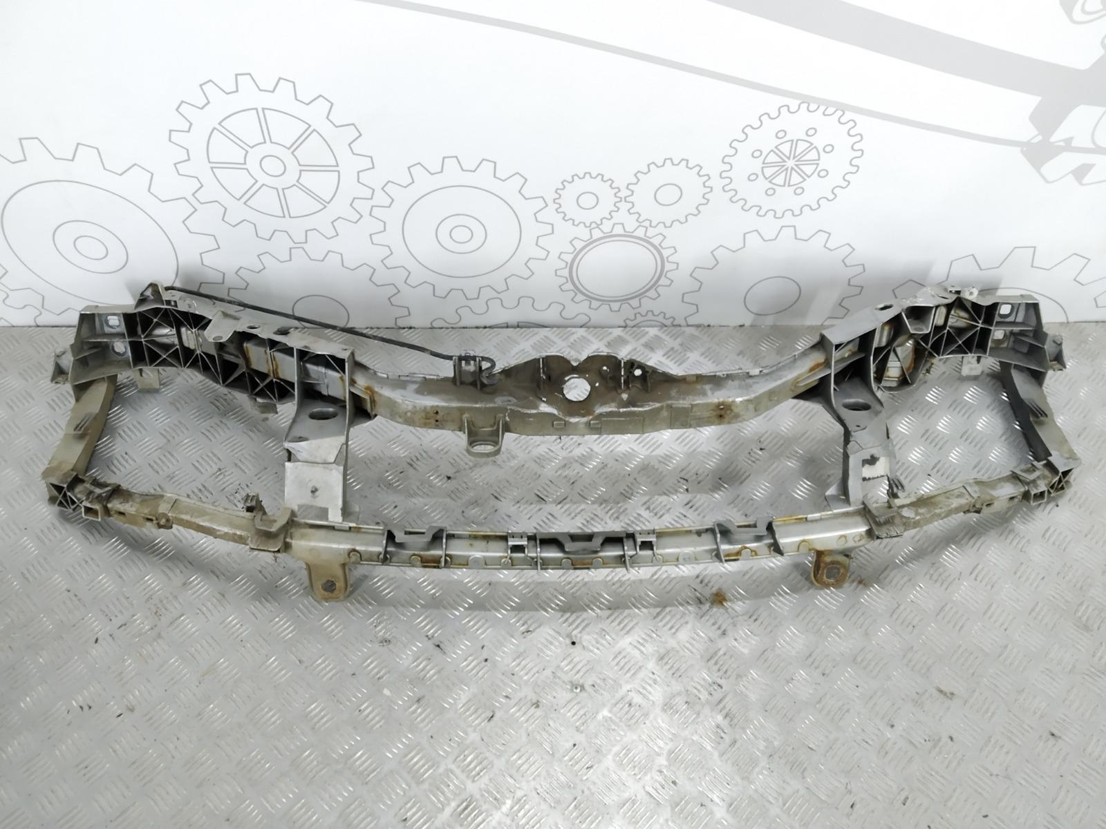 Передняя панель крепления облицовки (телевизор) Ford Focus 1.6 I 2005 (б/у)
