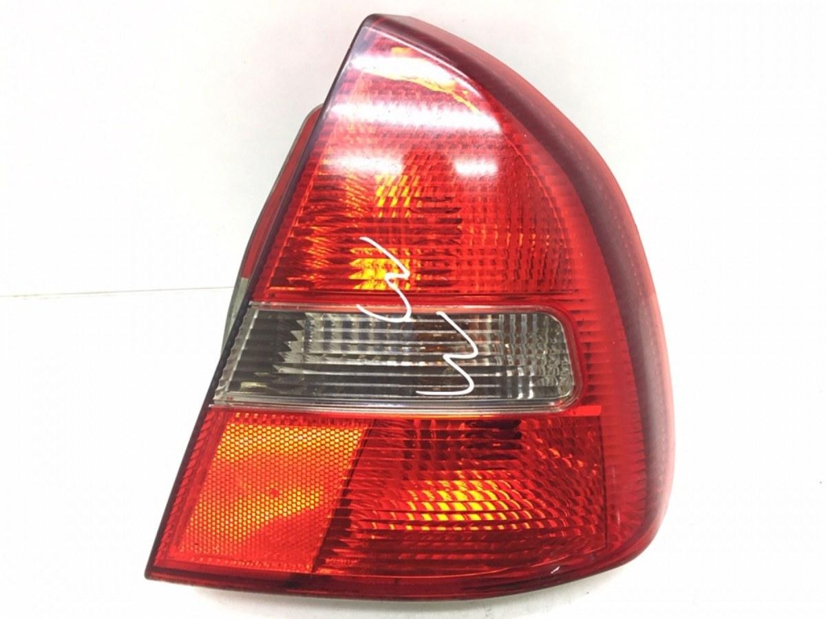 Фонарь задний правый Mitsubishi Carisma 1.9 DID 2002 (б/у)