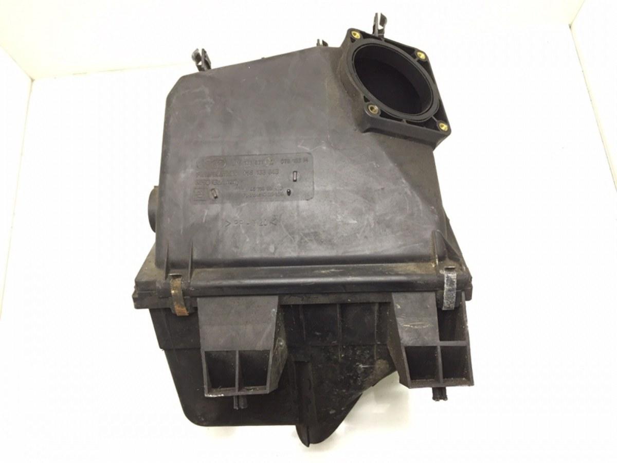 Корпус воздушного фильтра Audi A6 C5 2.4 I 2001 (б/у)