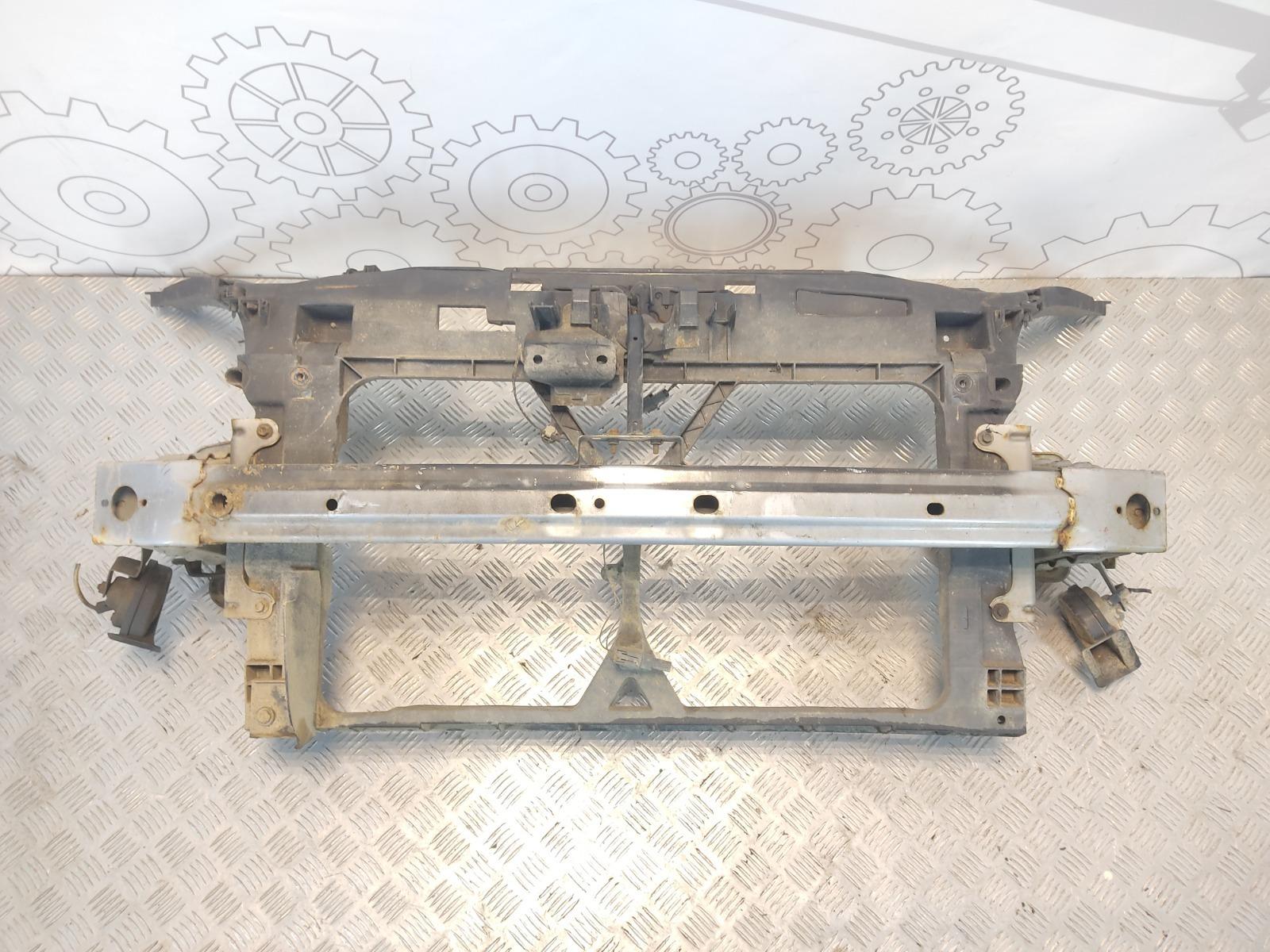 Передняя панель крепления облицовки (телевизор) Mazda 5 2.0 TD 2006 (б/у)