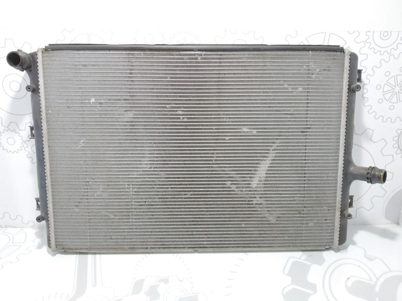 Радиатор (основной) Volkswagen Passat B6 2.0 TDI 2005 (б/у)