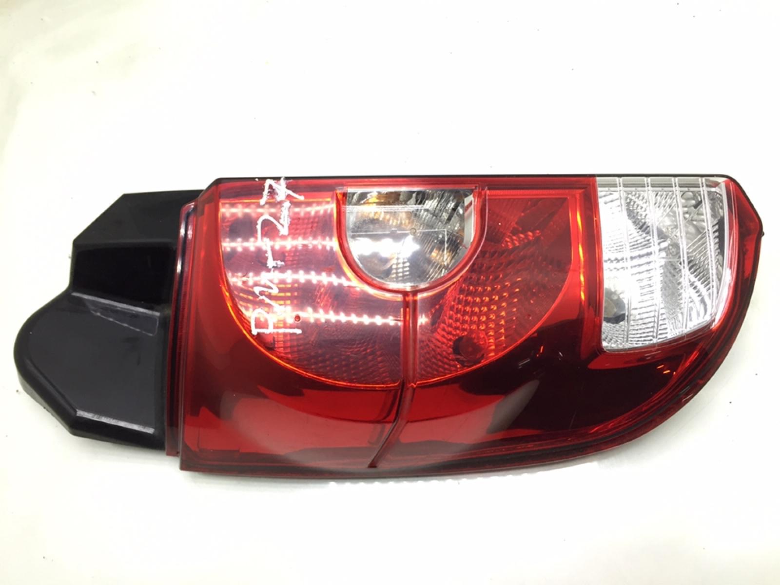 Фонарь задний левый Mitsubishi Colt 1.5 I 2010 (б/у)