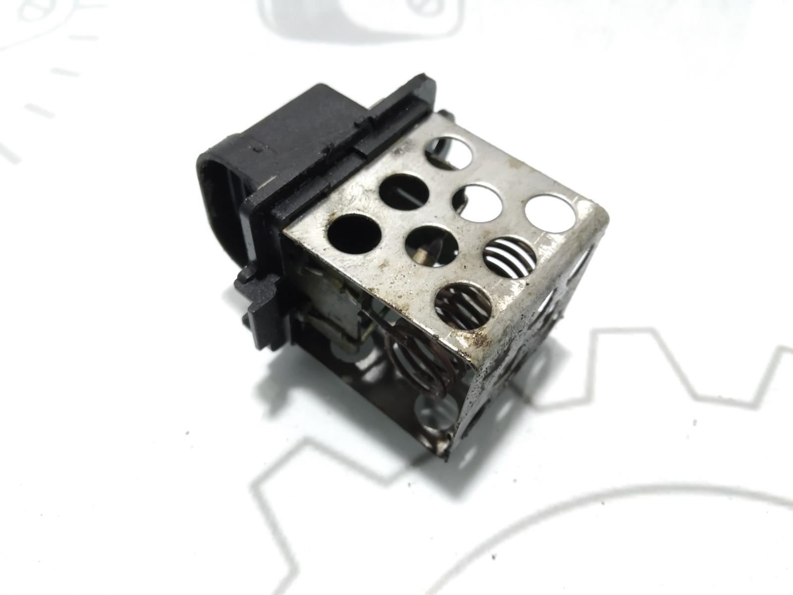 Блок управления вентилятором радиатора Renault Grand Scenic 1.6 I 2011 (б/у)