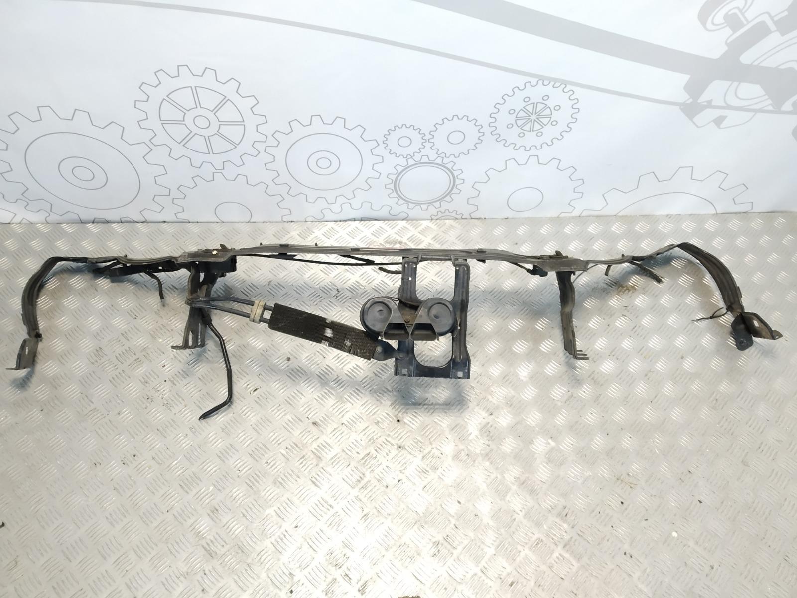 Передняя панель крепления облицовки (телевизор) Mercedes C W203 1.8 I 2004 (б/у)