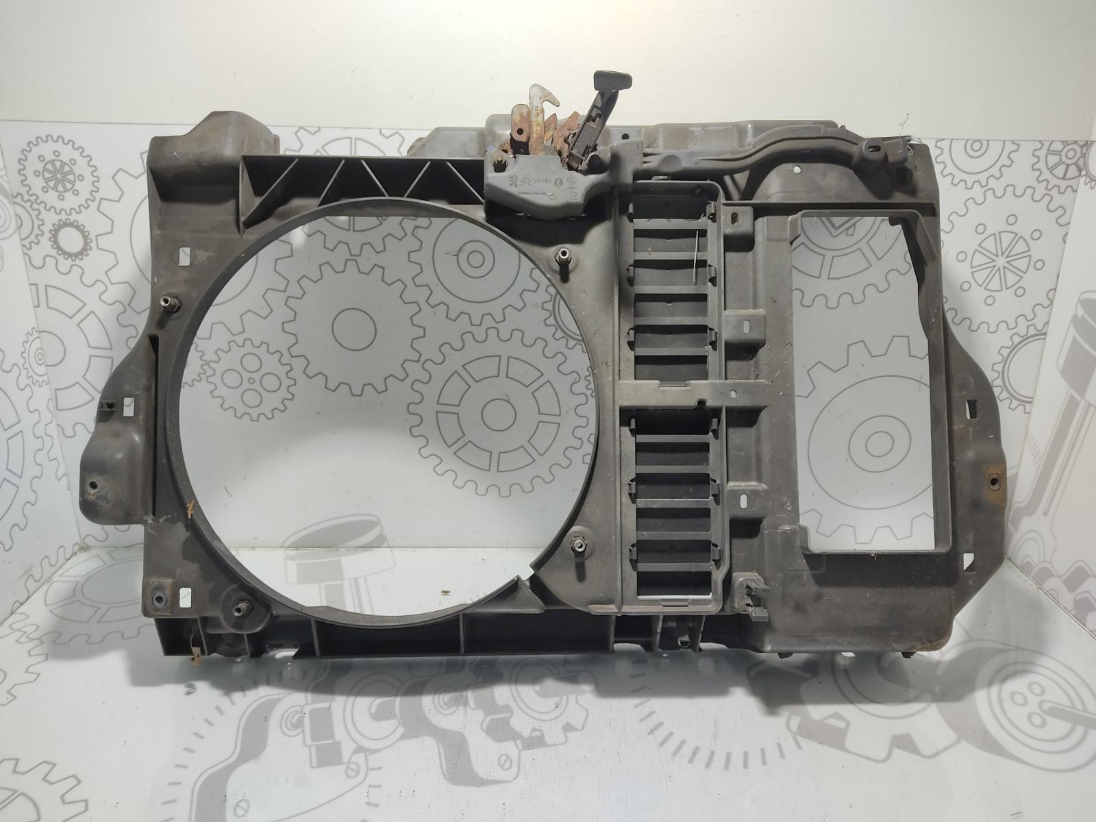 Диффузор вентилятора Peugeot 407 2.0 HDI 2010 (б/у)