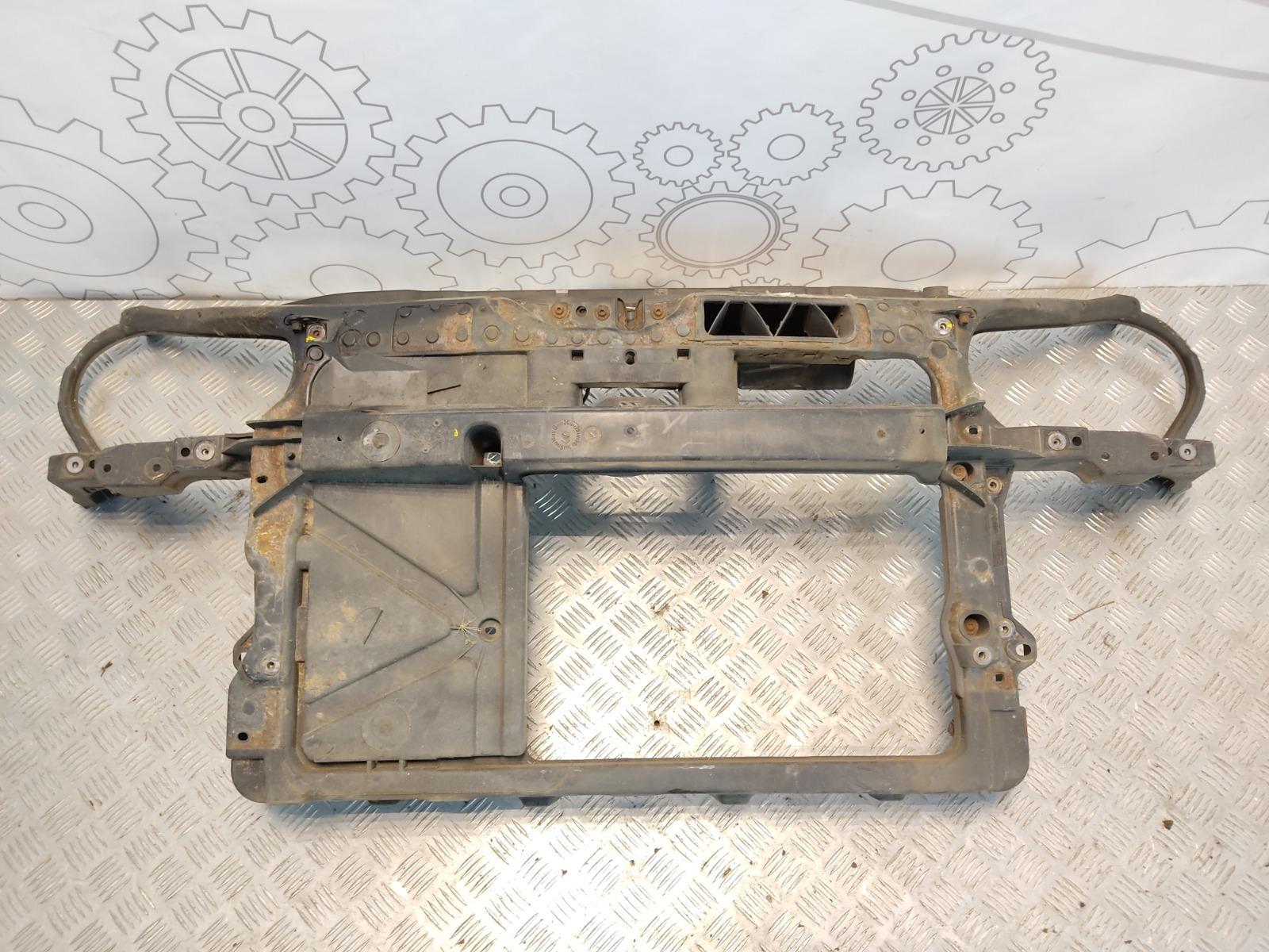 Передняя панель крепления облицовки (телевизор) Volkswagen Polo 1.2 I 2003 (б/у)