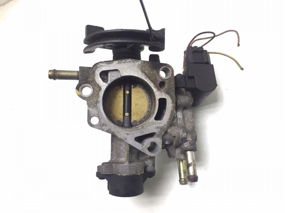 Заслонка дроссельная Toyota Yaris P1 1.3 I 2001 (б/у)
