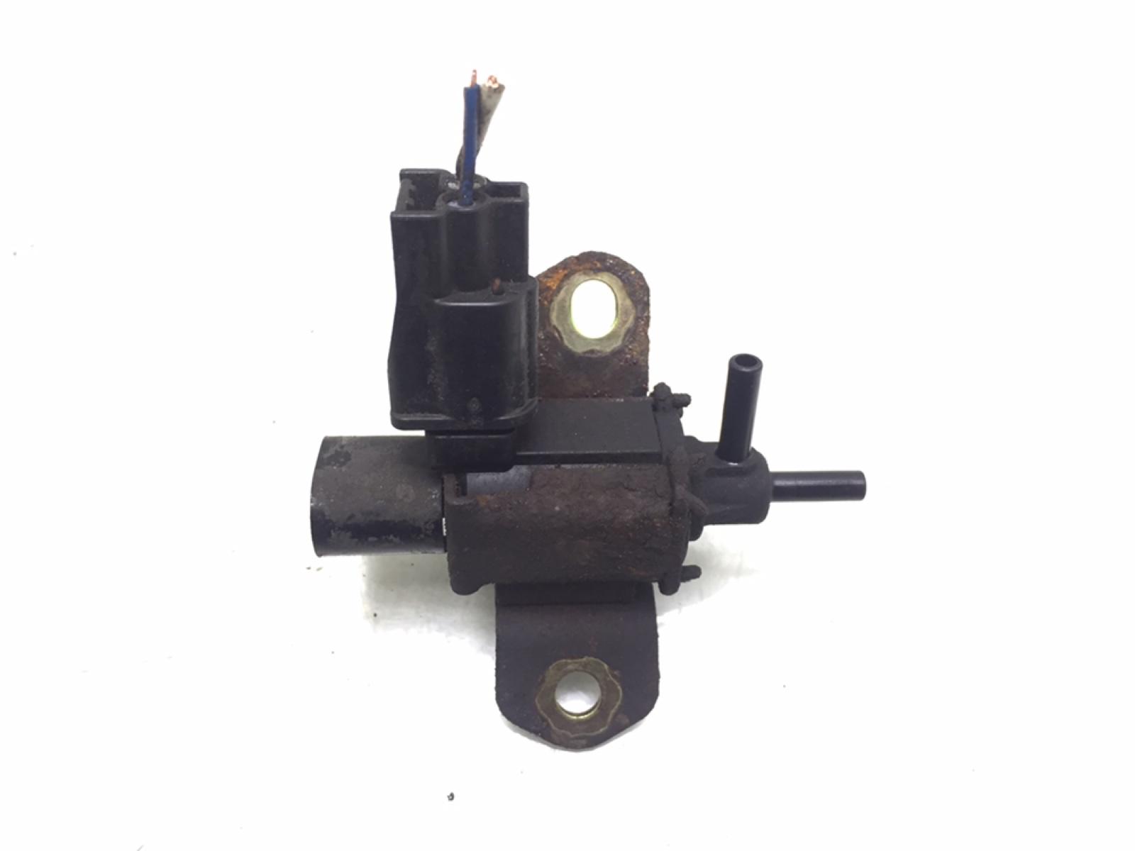 Клапан воздушный Mazda 6 2.0 I 2002 (б/у)