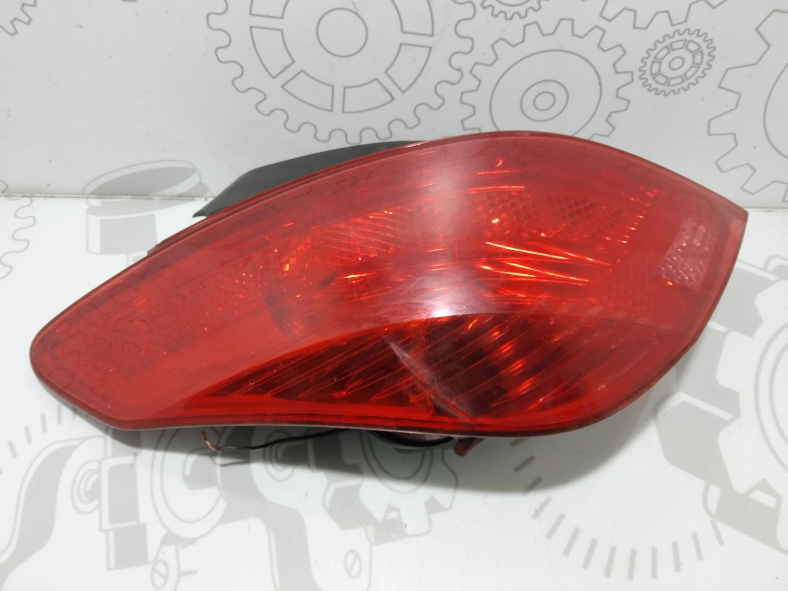 Фонарь задний левый Peugeot 308 T7 1.6 HDI 2008 (б/у)