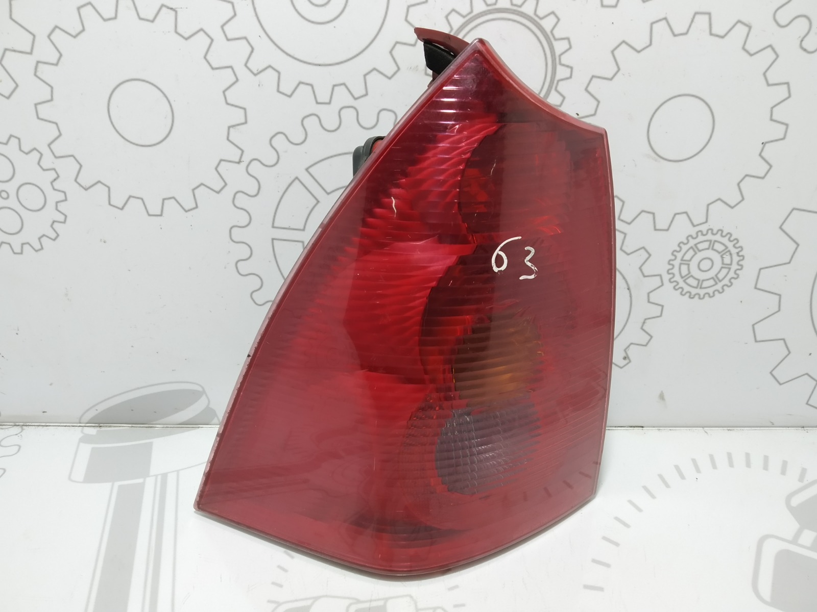 Фонарь задний левый Peugeot 307 2.0 HDI 2003 (б/у)