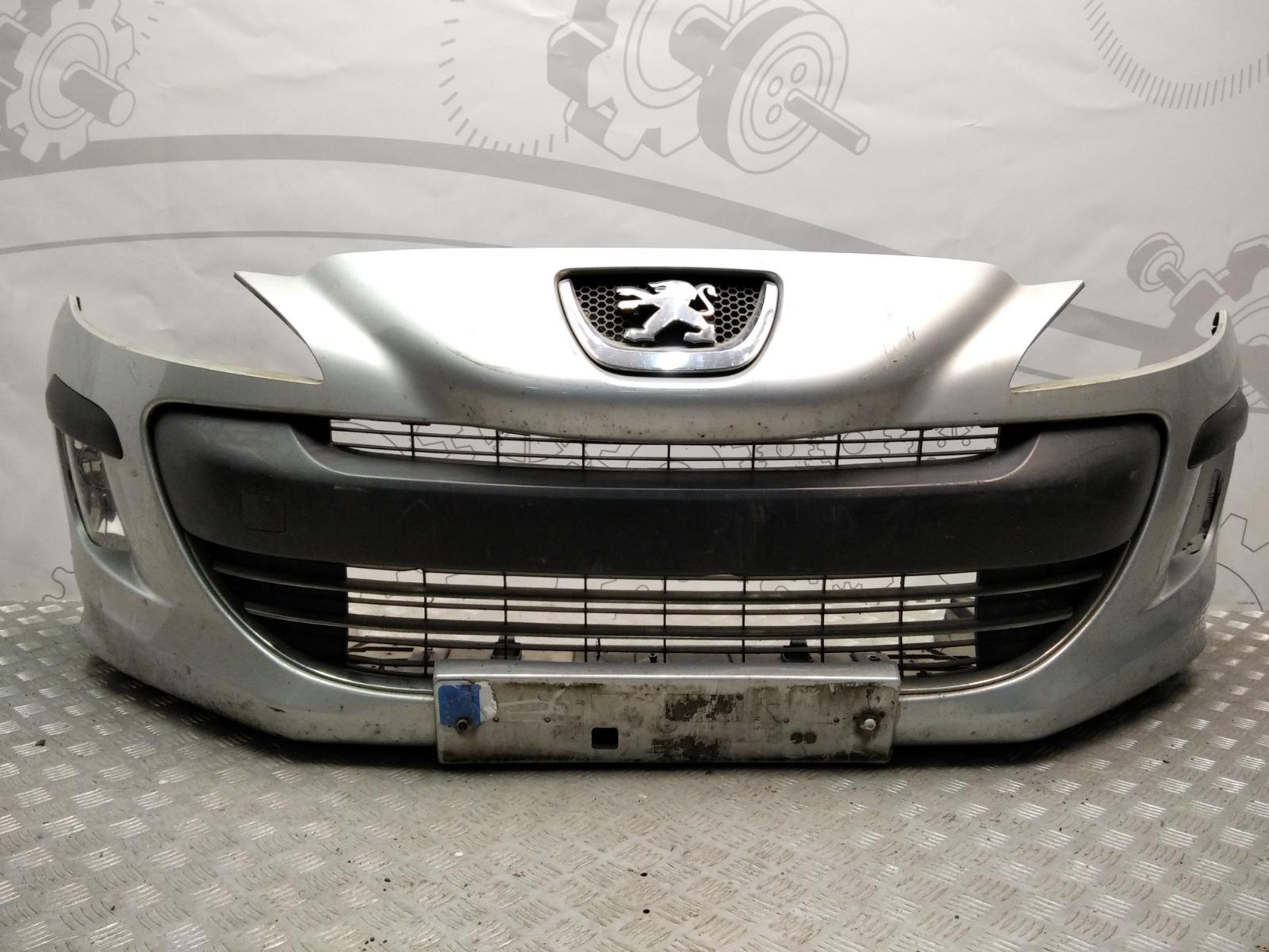 Бампер передний Peugeot 308 T7 1.4 I 2010 (б/у)