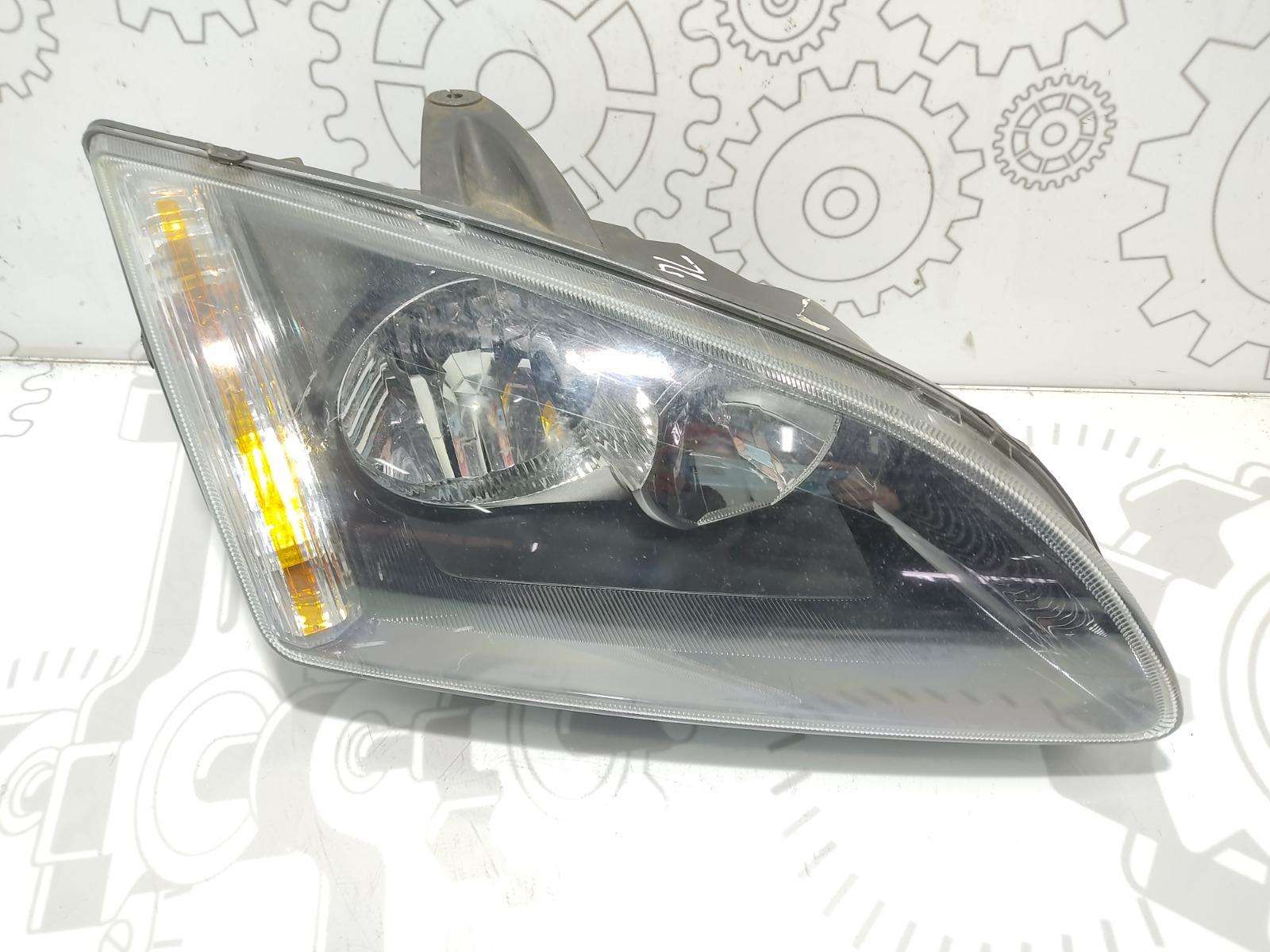 Фара правая Ford Focus 1.8 I 2007 (б/у)