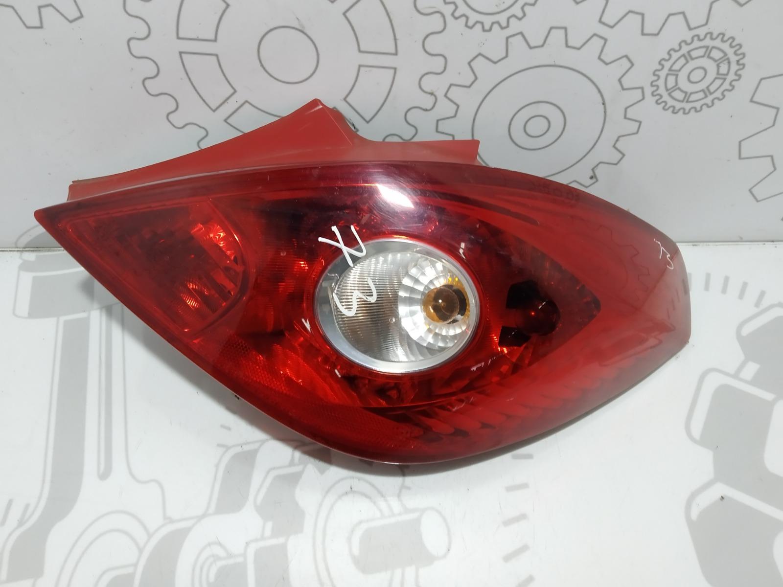 Фонарь задний правый Opel Corsa D 1.2 I 2007 (б/у)