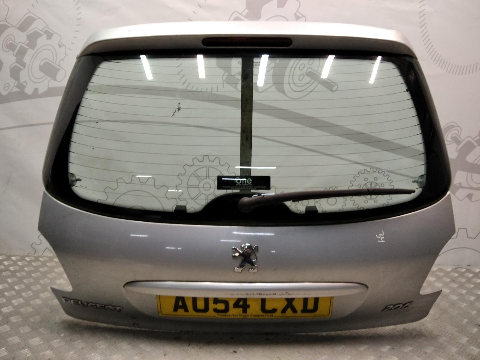 Крышка багажника (дверь 3-5) Peugeot 206 1.4 I 2004 (б/у)