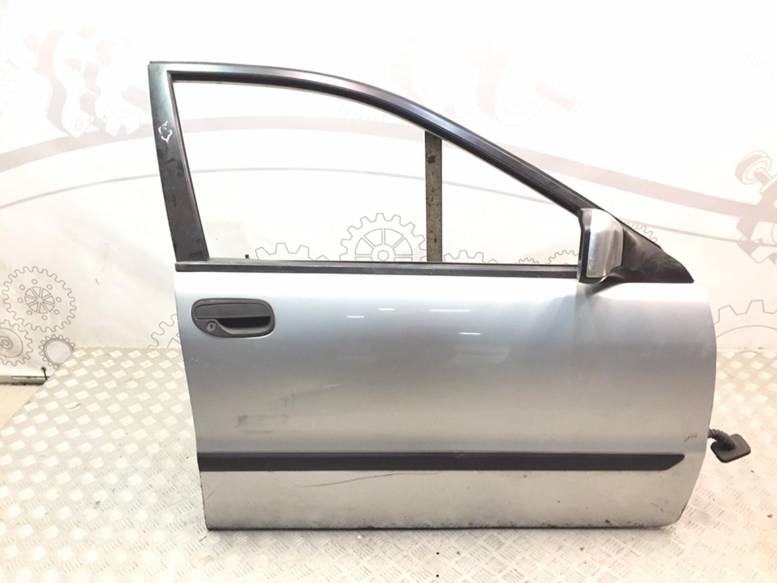 Дверь передняя правая Volvo S40 1.6 I 2003 (б/у)