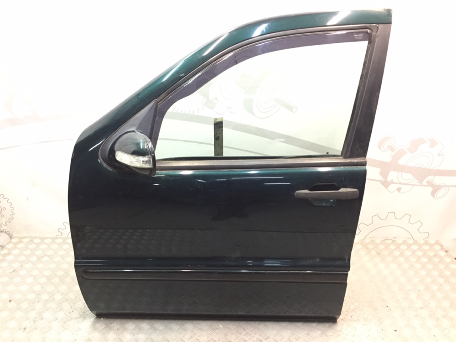 Дверь передняя левая Mercedes Ml W163 2.7 CRDI 2001 (б/у)