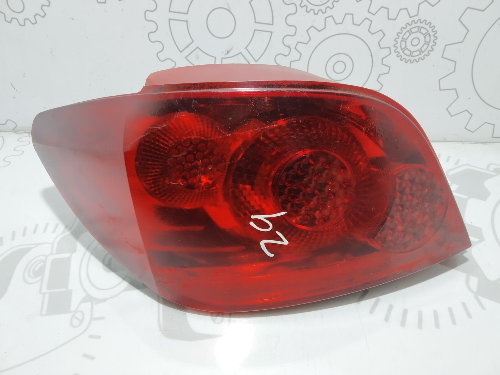 Фонарь задний левый Peugeot 307 1.6 HDI 2007 (б/у)