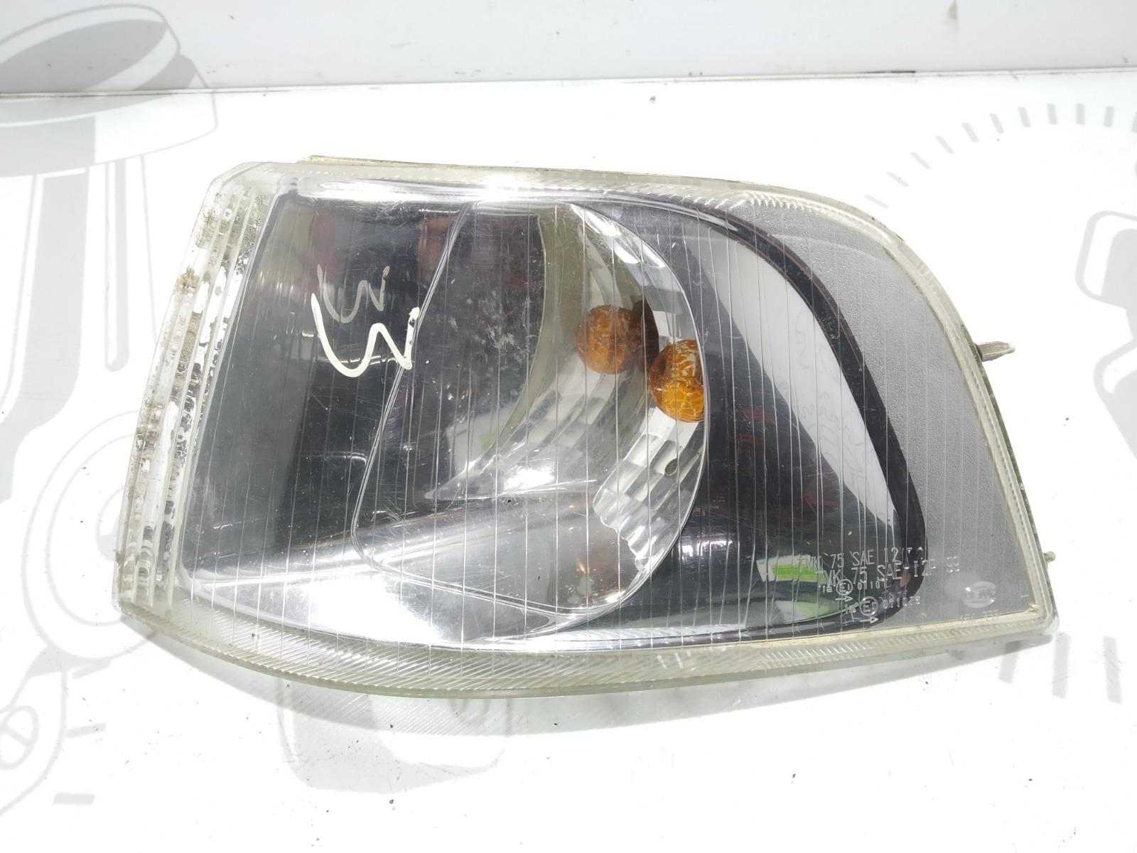 Поворотник левый Volvo V40 1.8 I 2004 (б/у)