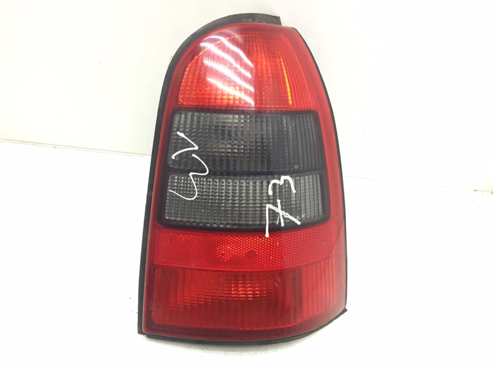 Фонарь задний правый Opel Vectra B 1.8 I 2002 (б/у)