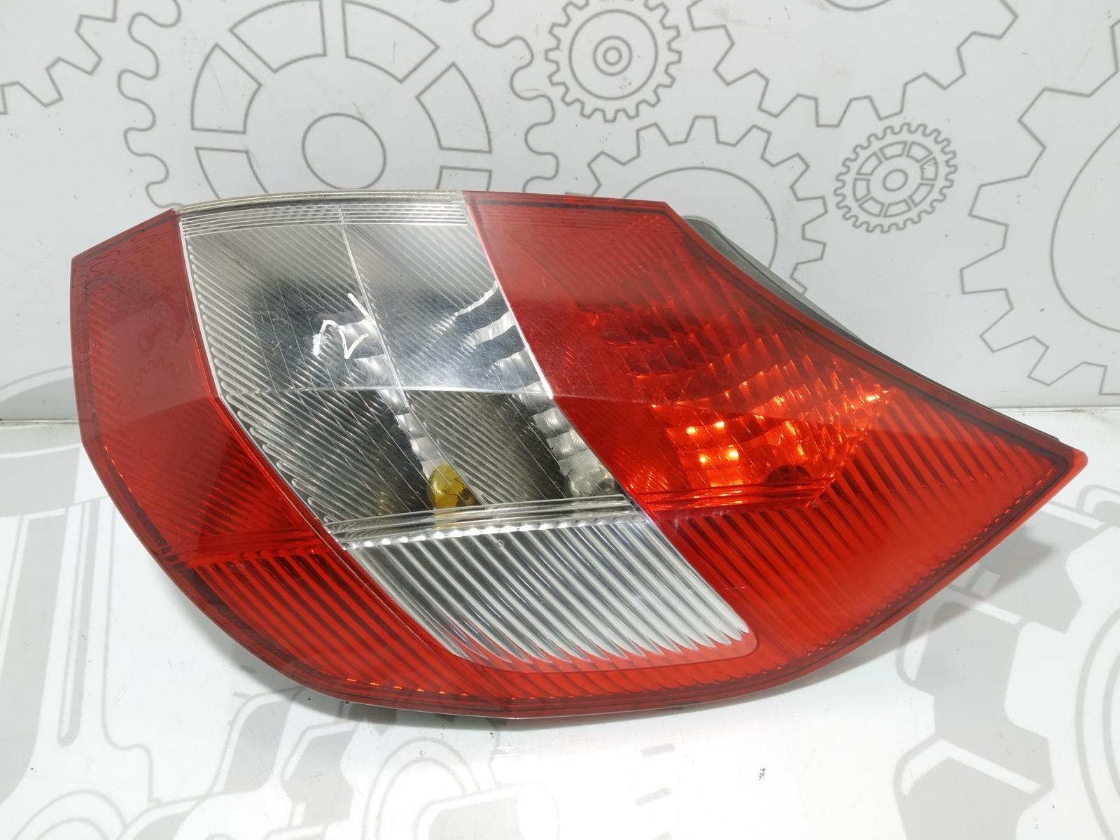 Фонарь задний правый Renault Scenic 1.6 I 2005 (б/у)