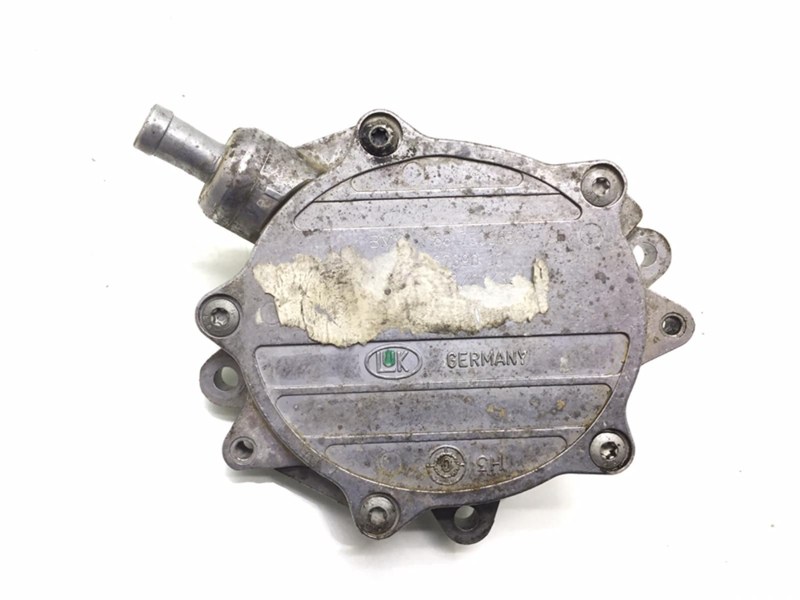 Насос вакуумный Bmw 3 E46 2.0 I 2001 (б/у)