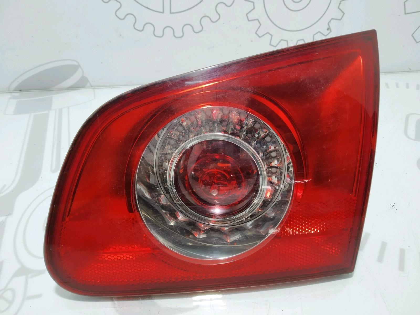 Фонарь крышки багажника правый Volkswagen Passat B6 2.0 TDI 2007 (б/у)