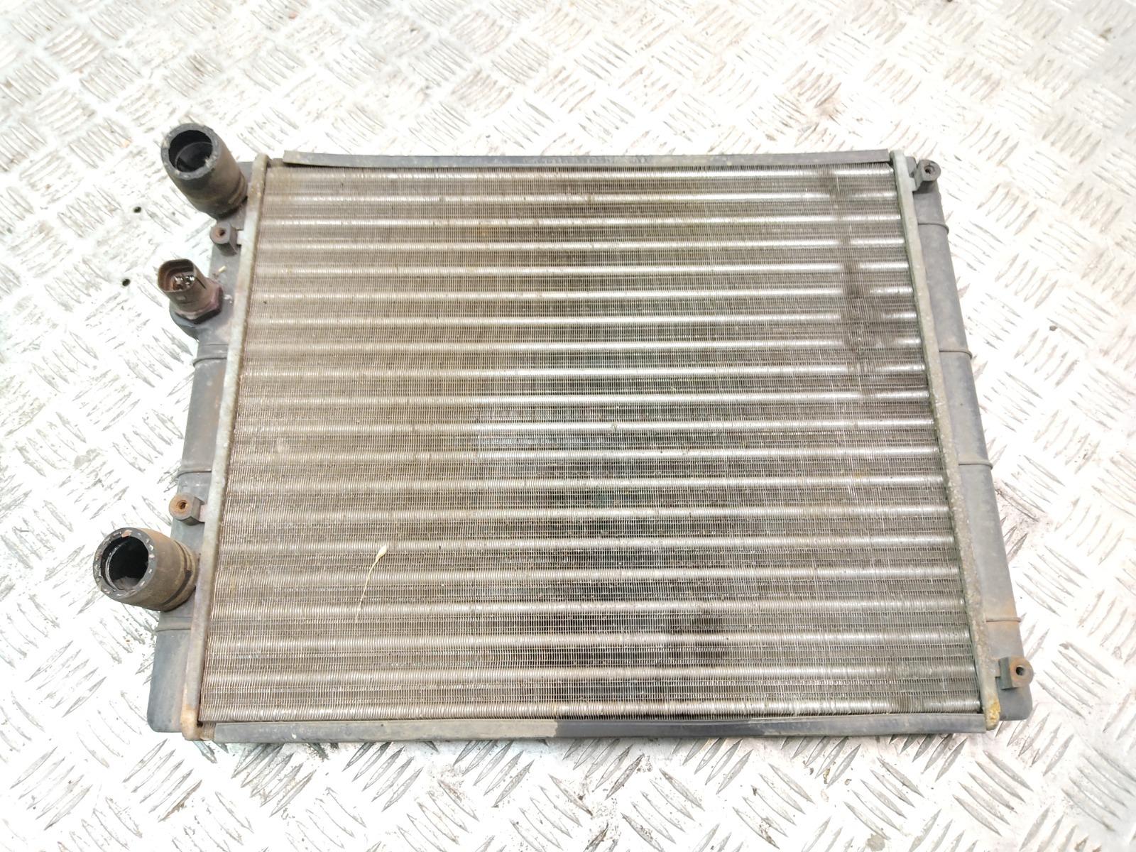 Радиатор (основной) Volkswagen Polo 1.4 I 2000 (б/у)