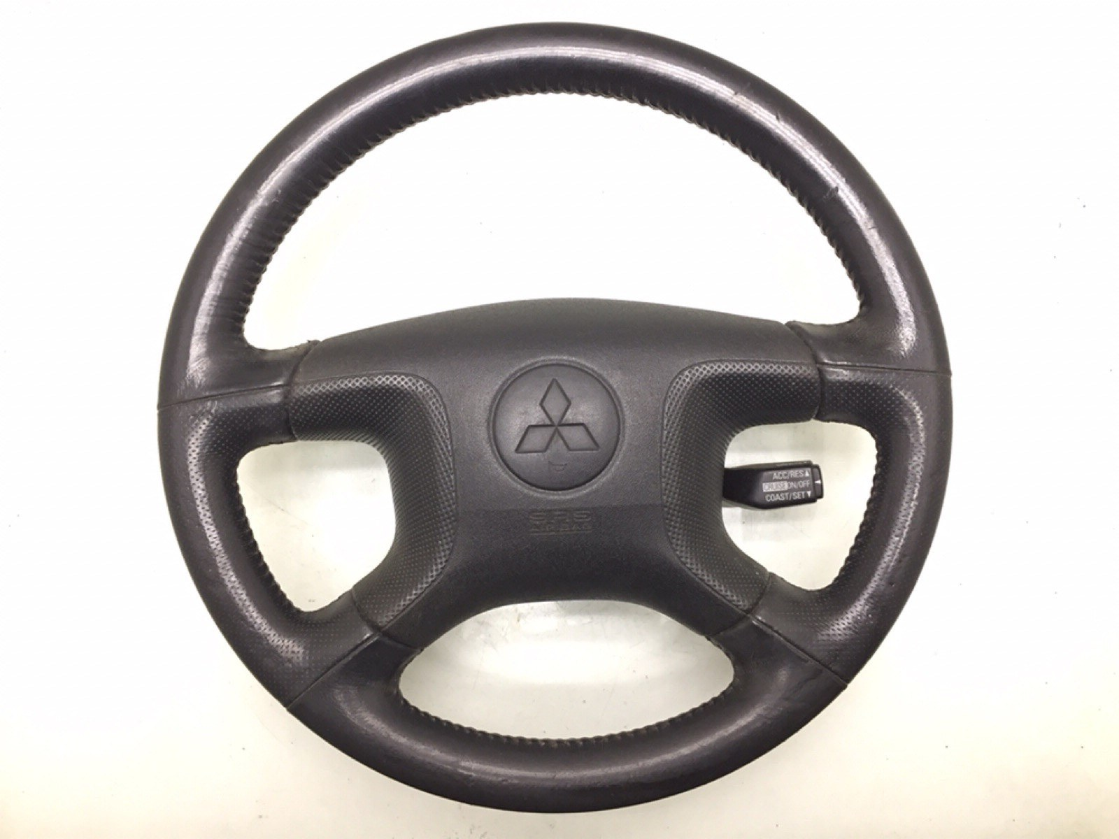 Руль Mitsubishi Pajero 3.2 DID 2003 (б/у)