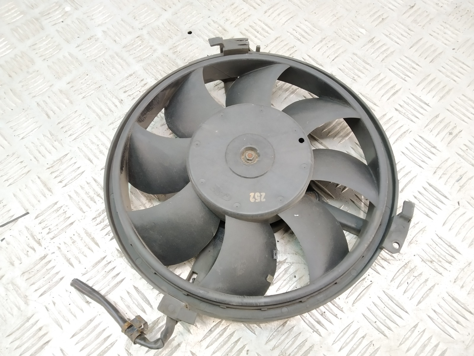 Вентилятор кондиционера Audi A6 C5 1.8 TI 2002 (б/у)