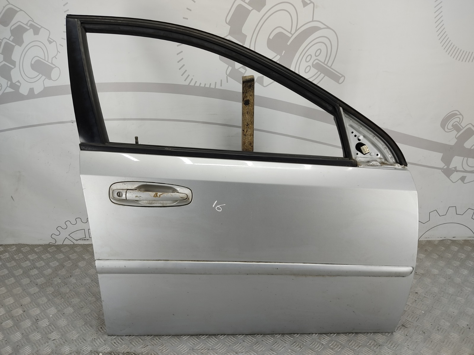 Дверь передняя правая Chevrolet Lacetti 1.6 I 2007 (б/у)