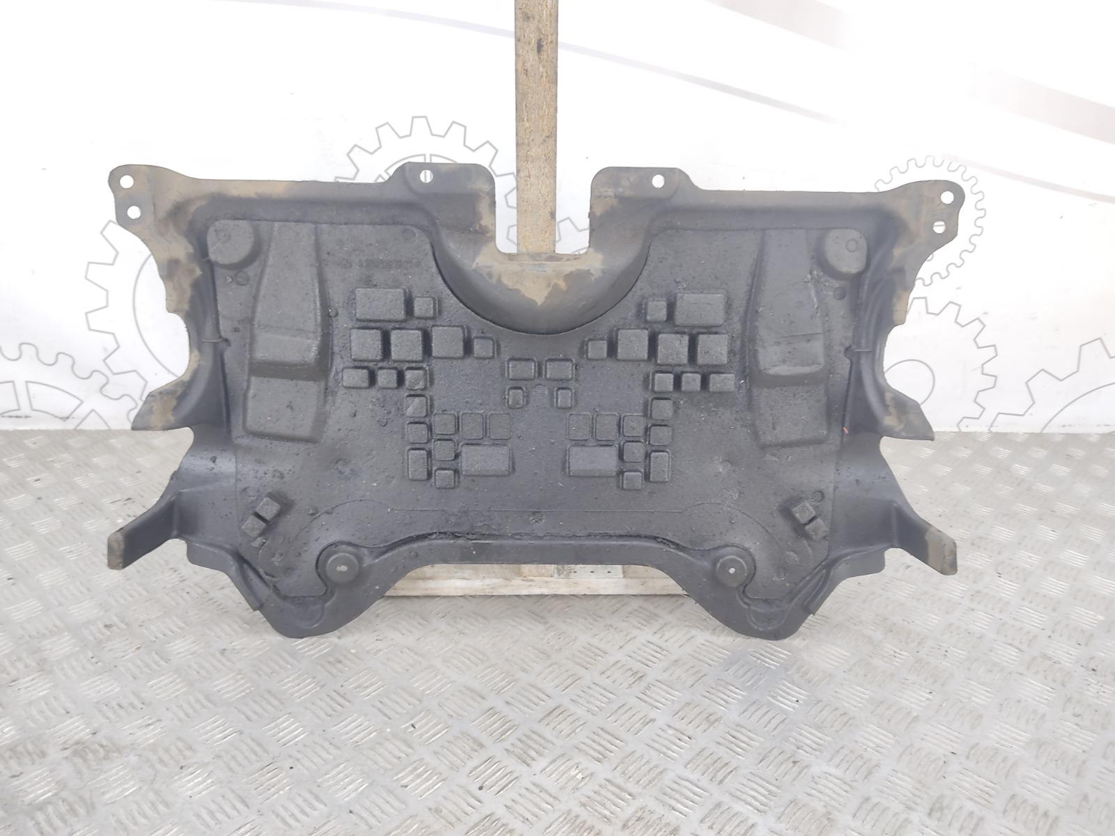 Защита двигателя Mercedes C W204 2.2 CDI 2010 (б/у)